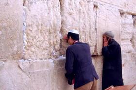 嘆きの壁祈り.jpg